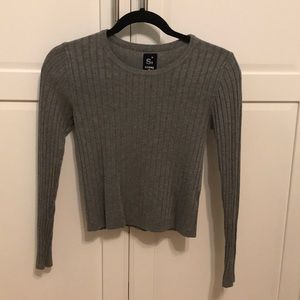 gray tight fit crew neck long sleeve